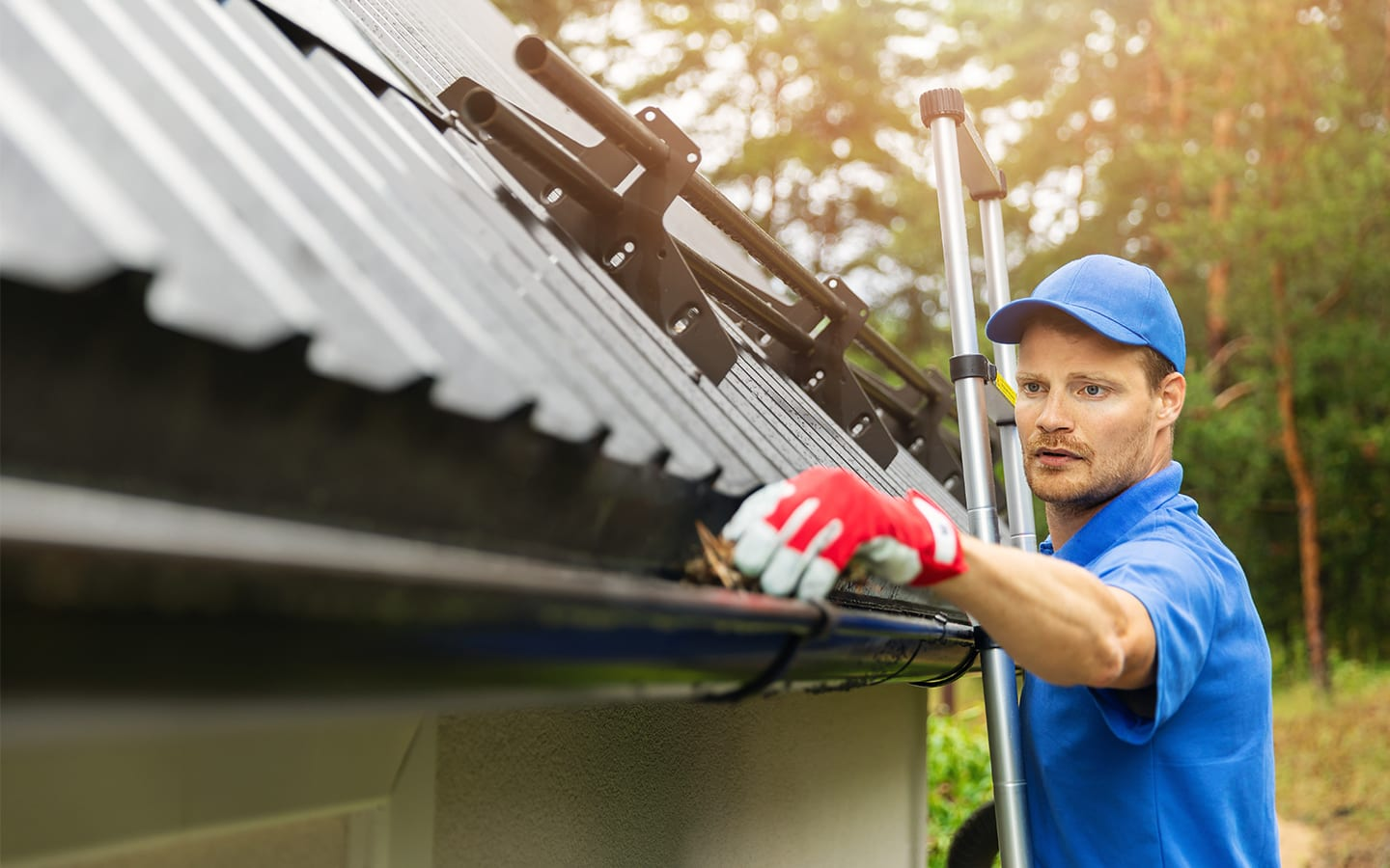 gutter cleaning and installation